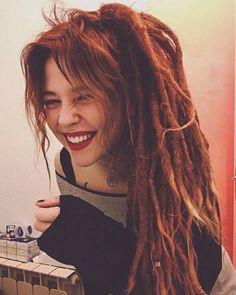 rainbows-are-amazing: ♥ ♥ Red Dreads, White Dreads, Hippie Dreads, Dreadlocks Girl, Locs, Dreadlock Hairstyles, Messy Hairstyles, Pretty Hairstyles, Dreadlock Extensions