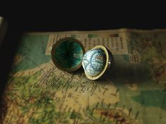 Small World : Land and SeaSmall World: Personalised Pocket Globe