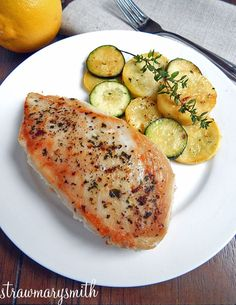 Lemon-Thyme Chicken & Zucchini is your light & simple dinner for two! Herbed and tangy chicken with a side of flavorful zucchini - made in just 15 minutes!   strawmarysmith.com