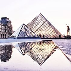 The Louvre, Paris. Paris is always a good idea. Places Around The World, Oh The Places You'll Go, Places To Travel, Places To Visit, Around The Worlds, Louvre Paris, Montmartre Paris, Paris Paris, Tour Eiffel
