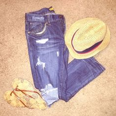 """AE RIPPED ANKLE JEANS These are """"boyfriend"""" fit ankle jeans that came with holes, as well as some added ones via myself  They are super comfy, xute, and stylish. Cant go wrong with these on a Saturday or Sunday!! ⭐️⭐️ American Eagle Outfitters Jeans Ankle & Cropped"""