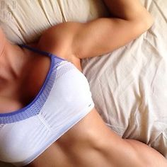 Fitspo for a strong and healthy body Wellness Fitness, Fitness Goals, Girls Lifting, Belly Fat Loss, Fitness Motivation Pictures, Body Motivation, Live Fit, Sweat It Out, Personal Fitness