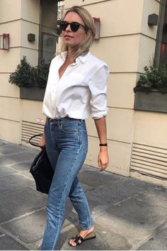 Easy and simple jeans outfit