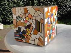 Lively mosaic on a square form.