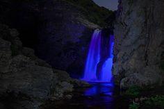 Micky Lights 💡🌵🎨 Sean Lenz Neon Waterfalls // #MickyLights #MickysArt #SeanLenz #ModernArt #ContemporaryArt #InstallationArt #Waterfalls #NeonWaterFalls