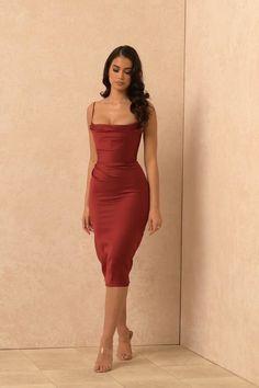 Elegant Dresses Classy, Dressy Dresses, Classy Dress, Satin Dresses, Cute Dresses, Classy Outfits, Chic Outfits, Beautiful Dresses, Short Dresses