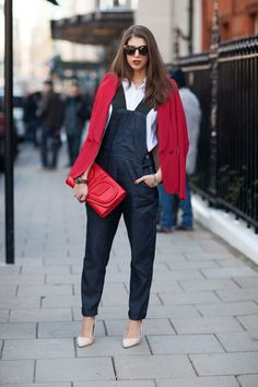 Overalls can look chic on the right showgoer — white heels look fresh here.