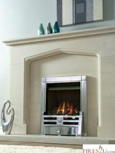 The Kinder Caesar is a living flame effect gas fire featuring a highly realistic deep coal fuel bed to give you the look of a real open fire with the ease and convenience of gas.