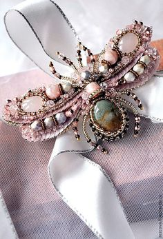 Bead embroidered Bee brooch. Nature jewelry от PurePearlBoutique