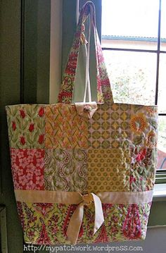 Free Bag Pattern and Tutorial - Charm Bag Tote Bag