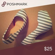 Platform pumps Never worn, gray and white striped platform pumps Shoes Platforms