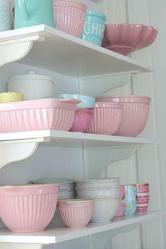 As cores suaves e delicadas tornam a decoração bem feminina!