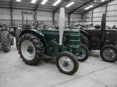 Auction Lot 254 (1946 FIELD MARSHALL Mark 1 single cylinder diesel TRACTOR Re..) Image 1