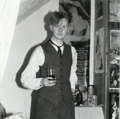 Mark Gatiss - A Portrait of an Artist as a Young Man Sherlock Doctor Who, Sherlock Holmes Bbc, Sherlock Fandom, Mycroft Holmes, Steve Pemberton, League Of Gentlemen, Mark Gatiss, Hunks Men, 221b Baker Street