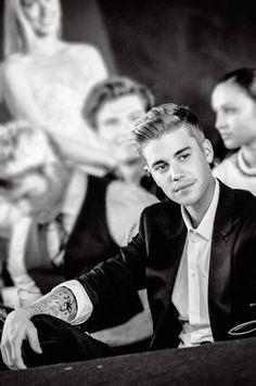 Justin Bieber Old but favorite Justin Bieber Pictures, I Love Justin Bieber, Peinado Justin Bieber, Justin Bieber Wallpaper, Cultura Pop, Favorite Person, My Boyfriend, Hot Guys, Sexy