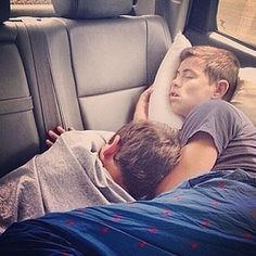 Nash and Hayes TB. Thought this was adorbzzz