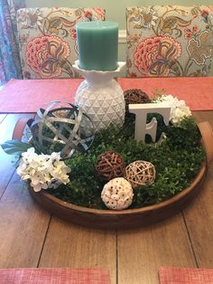 Putting Together The Spring Centerpieces