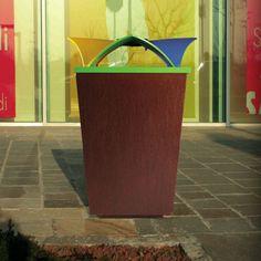 Litter bin for public spaces with integreted ashtray ECOMIX by Raffaele Lazzari METALCO.