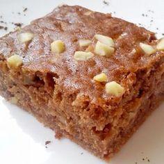 Recept na cuketový perník s jablky krok za krokem - Vaření.cz Zucchini, Sweet Cakes, Nutella, Banana Bread, Cake Recipes, Sweet Tooth, Cheesecake, Food And Drink, Cooking Recipes