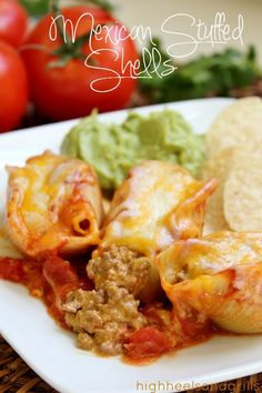 Mexican Stuffed Shells. Easy dinner recipe for those weeknight meals. http://www.highheelsandgrills.com/2013/04/mexican-stuffed-shells.html