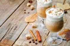 Je hoeft niet naar de Starbucks voor een heerlijke herfstkoffie. Deze gingerbread latte maak je gewoon thuis!