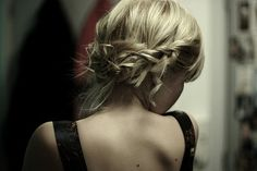 Chignon.... i wonder if my hair is long enough...