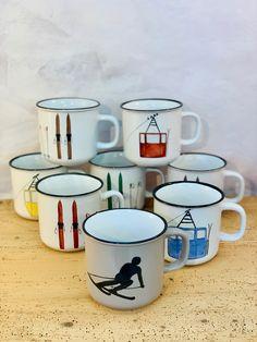 Ski Chalet Decor, Ski Decor, Ski Mountain, Painted Mugs, Skiing, Sweet Home, Bicycle, Branding, Dishes