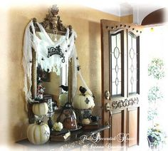 Pretty entry decor for Halloween