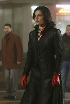 Once Upon a Time- the witch showdown in the center of Storybrooke