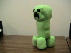 Minecraft Stuffed Creeper Doll : 11 Steps (with Pictures) - Instructables Hama Beads Minecraft, Cool Minecraft, Minecraft Crafts, Creeper Minecraft, Minecraft Party, Minecraft Skins, Minecraft Buildings, Minecraft Clothes, Minecraft Ideas