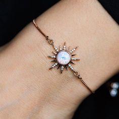 Gold Horn Necklace - Gold Crescent Necklace/ Double Horn Necklace/ Boho Horn Necklace/Gifts For Her/ Moon Necklace/ Tusk Necklace/ Celestial - Fine Jewelry Ideas Cute Jewelry, Jewelry Box, Jewelry Accessories, Jewelry Design, Jewlery, Jewelry Storage, Dainty Jewelry, Jewelry Supplies, Starburst Bracelet