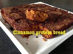 Une recette simple et saine à déguster au petit déjeuner ou en snack avant ou après l'entraînement. Préchauffer le four à 175°c Vaporisez un plat Pyrex avec un enduit anti-adhésif. Dans un petit bol, mélangez et mettre de côté: 1/3 tasse de stévia ou...