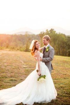 Photo Captured by Katelyn James via Grey Likes Weddings - Lover.ly