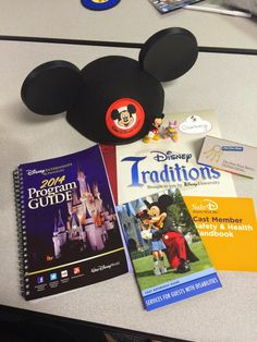 Courtney's blog during the Disney Professional Internship!  Alumni of the Disney College Program (DCP) as a Vacation Planner.