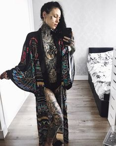 Monami Frost 🖤 her robe Hot Tattoos, Body Art Tattoos, Girl Tattoos, Sleeve Tattoos, Face Tattoos, Hot Tattoo Girls, Tattoed Girls, Inked Girls, Monami Frost