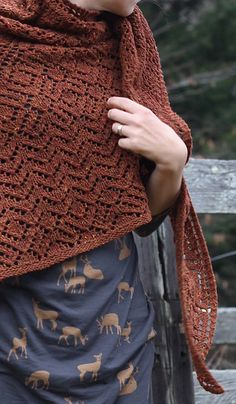Ravelry: Gold Rush Shawl pattern by Amy Christoffers