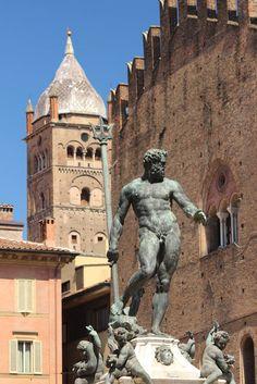 Neptunes in Bologna. www.luxetent.nl/italie