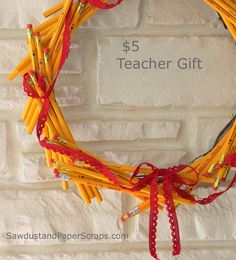 Pencil wreath teacher gift. BUT, I'd like to add more too it! (travel germx, travel tissue, little bath & bkdy works hand lotions or hand sanitizer, lip gloss, little bottles if nail polish, pretty nail file, candy, Airborne medication! CUTE!