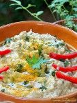 Salata de vinete cu iaurt si usturoi (2) Cold Vegetable Salads, Recipe Collector, Romanian Food, Hummus Recipe, Saveur, Healthy Salad Recipes, Risotto, Curry, Food And Drink