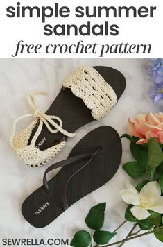 My crochet sandals are an easy and fun project for warmer weather, and so much better than the sandals in your shoe store. Check out the free crochet pattern and video tutorial!Crochet Sandals with Flip Flop Soles - Sewrella Mode Crochet, Crochet Diy, Crochet Slippers, Crochet Crafts, Crochet Projects, Diy Crochet Flip Flops, Diy Crochet Sandals, Tutorial Crochet, Crochet Ideas
