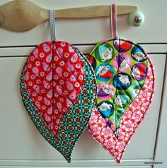 lovely idea for pot holders :) . . .