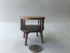 PINE ROUND LAMP TABLE VINTAGE CONCORD MUSEUM  DOLLHOUSE FURNITURE MINIATURES
