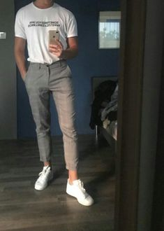 Moda coreana masculina - Fashion Tutorial and Ideas Mode Streetwear, Streetwear Fashion, Korean Fashion Men, Mens Fashion, Korean Men Style, Teen Boy Fashion, Fashion Fall, Fashion Trends, Mode Outfits