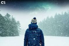 person in blue jacket standing on snow-covered ground photo – Free Nature Image on Unsplash Snowboard, Sledge Hockey, Hockey Gloves, Winter Hats, Winter Jackets, Most Popular Sports, American Sports, Tie Shoes, Field Hockey