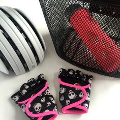 Fashionable Gym Gloves