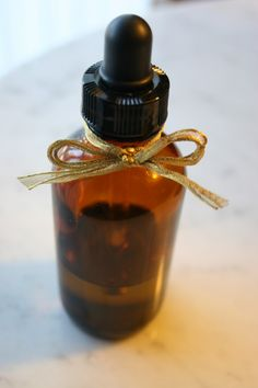 DIY belly oil recipe for expecting mothers