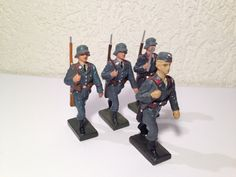 Lineol, Luftwaffe, 4 Mann Flaktruppe im Marsch | eBay