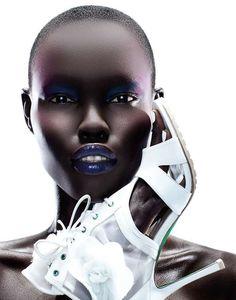 Monochromatic Makeup Portraits - Vanessa Cruz by Yulia Gorbachenko Looks Like a Black Swan (GALLERY)
