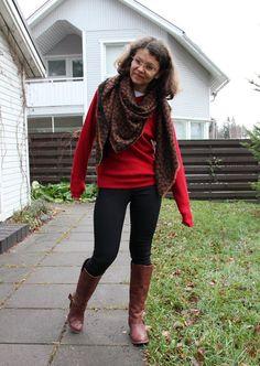 red jumper animalprint scarf Red Jumper, Photo And Video, My Style, Fashion, Moda, Fashion Styles, Fashion Illustrations
