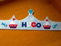 """Dile """"adiós"""" a las clásicas y frágiles coronas de cartón!Con estas originales coronas fabricadas en fieltro los niños y niñas no sólo las utili"""